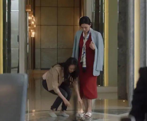 《三十而已》顾佳爆火:千万别触碰妈妈的底线,为了孩子她真的会拼命 - 第2张  | 深圳市羽盛信息科技有限公司